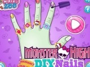 manichiura fetelor monster high