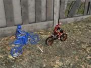 Jocuri cu misiuni cu motorete in hala industriala
