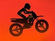 motociclist de curse prin vulcan